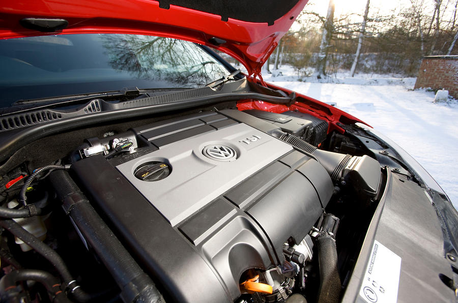 2.0-litre TSI Volkswagen Golf R engine