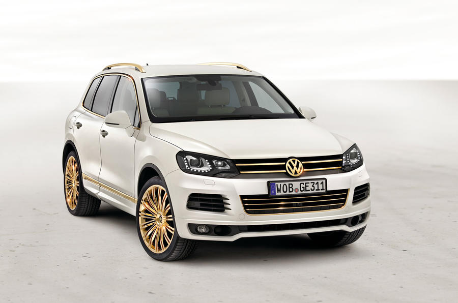 VW Race Touareg for the road