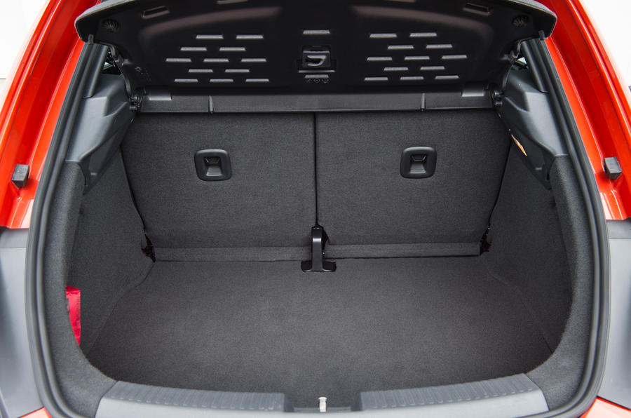 Volkswagen Beetle boot space