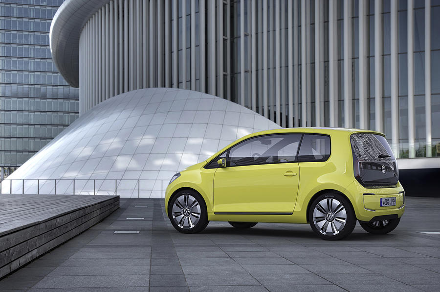 VW: '500-mile EVs by 2020'