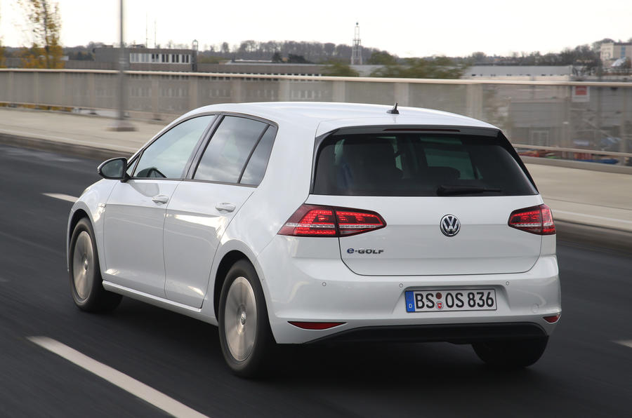 Volkswagen e-Golf rear