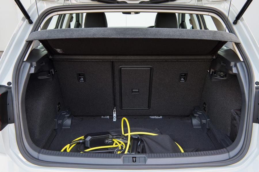 Volkswagen e-Golf boot space