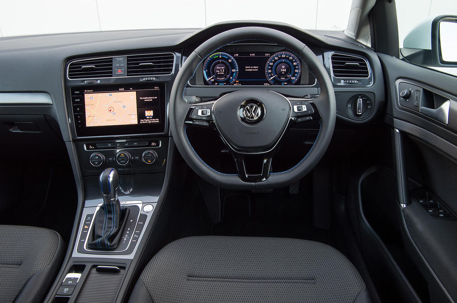 Volkswagen e-Golf dashboard