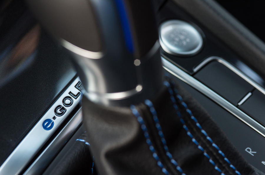 Volkswagen e-Golf interior badging