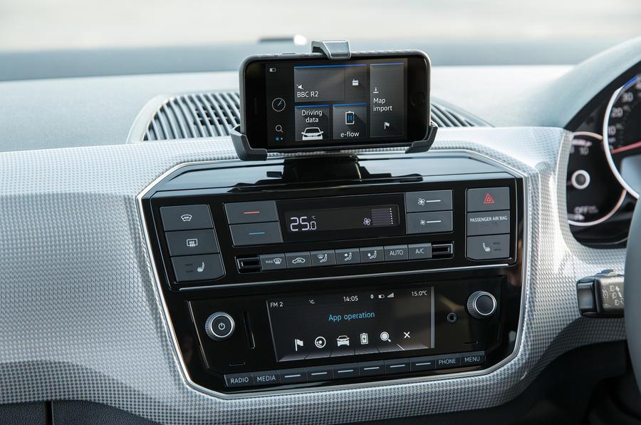 Volkswagen e-Up centre console