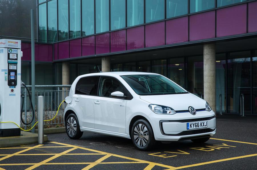 Volkswagen e-Up recharging