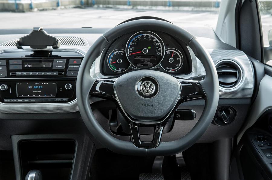 Volkswagen e-Up steering wheel
