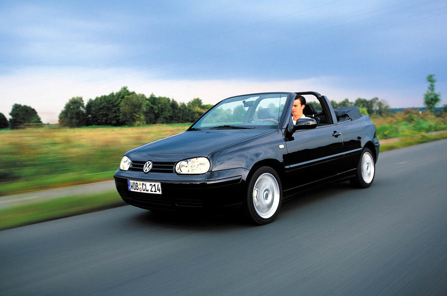 VW Golf cabrio set for 2011