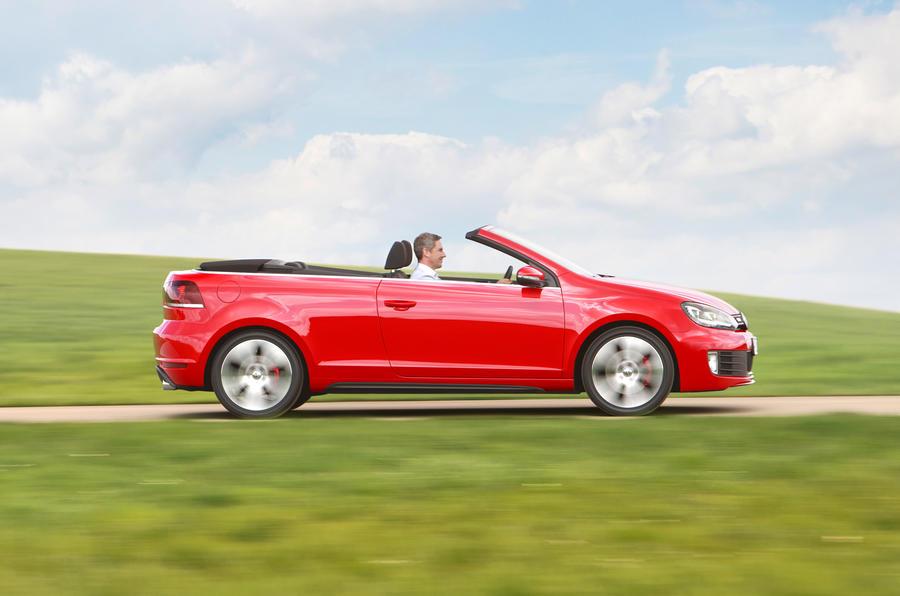 Volkswagen Golf GTI Cabriolet side profile