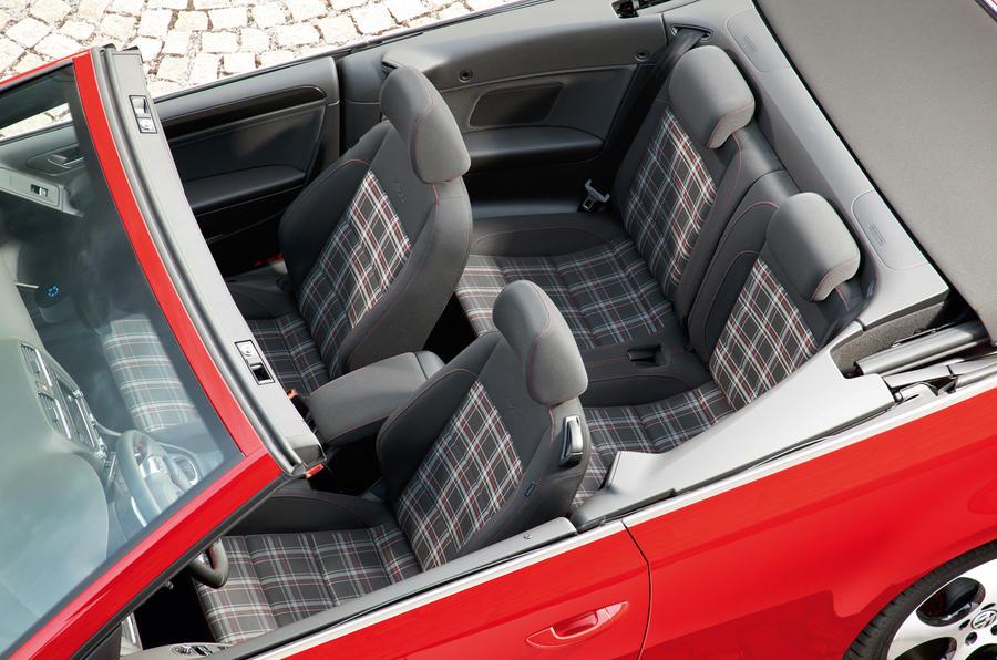 Volkswagen Golf GTI Cabriolet interior