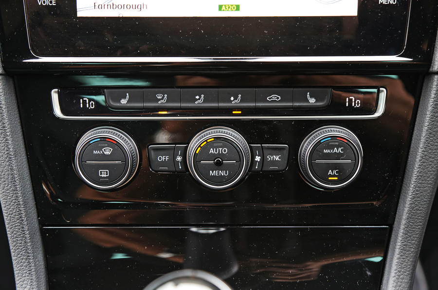 Volkswagen Golf climate controls
