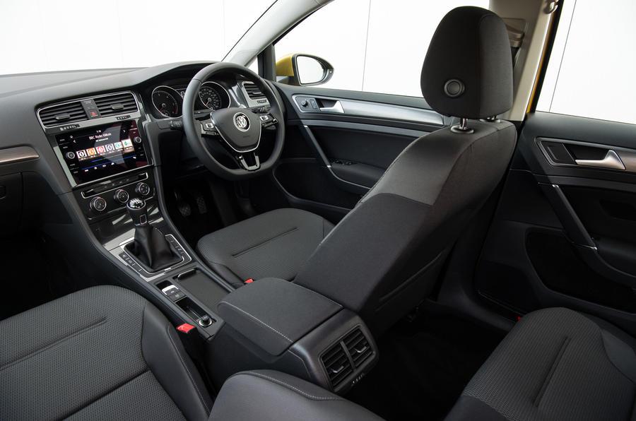 Volkswagen Golf 2012 2017 Interior Autocar