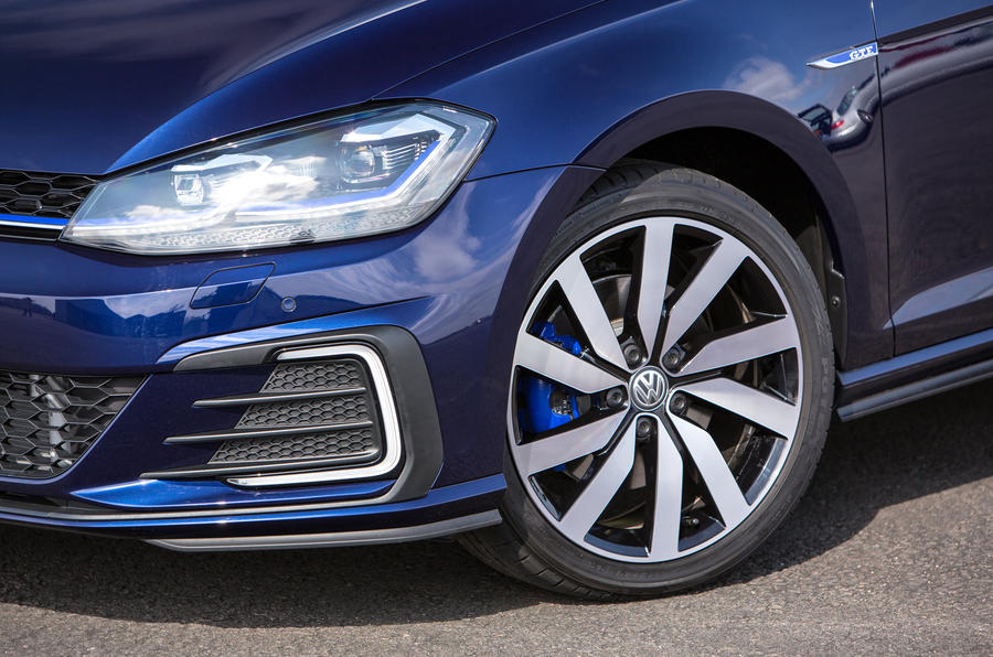 Volkswagen Golf GTE alloy wheels