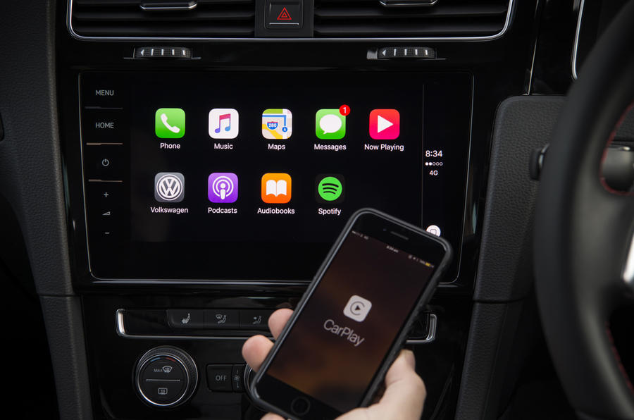 Volkswagen Golf GTI Apple Carplay
