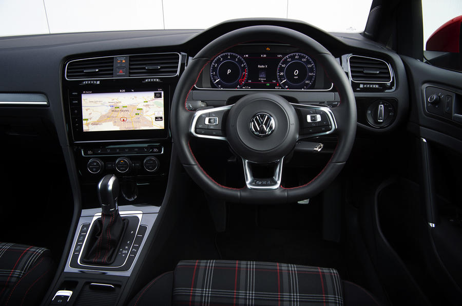 Volkswagen Golf GTI dashboard
