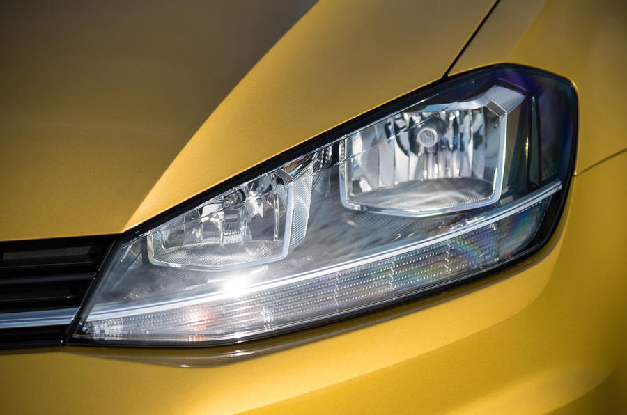 Volkswagen Golf headlights