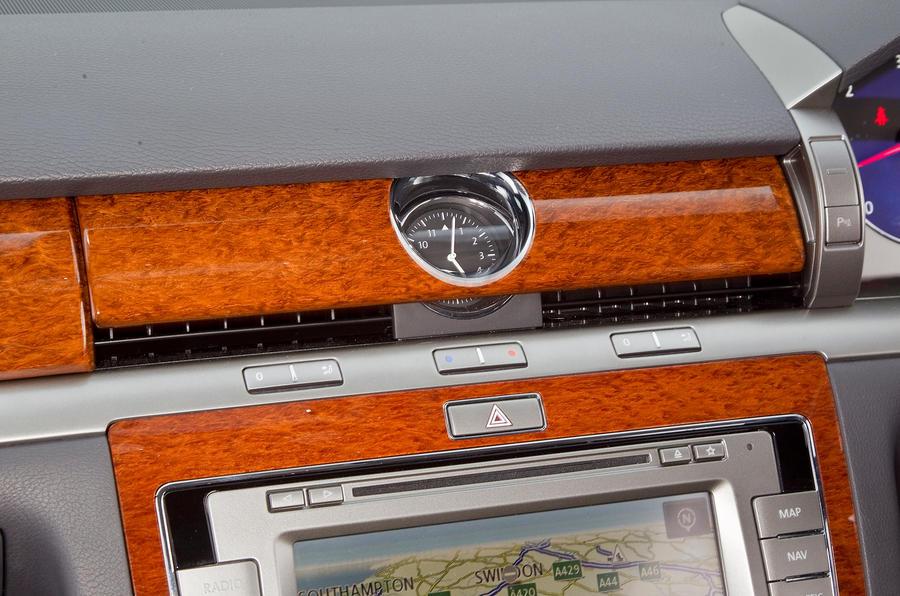 Volkswagen Phaeton rotating air vents