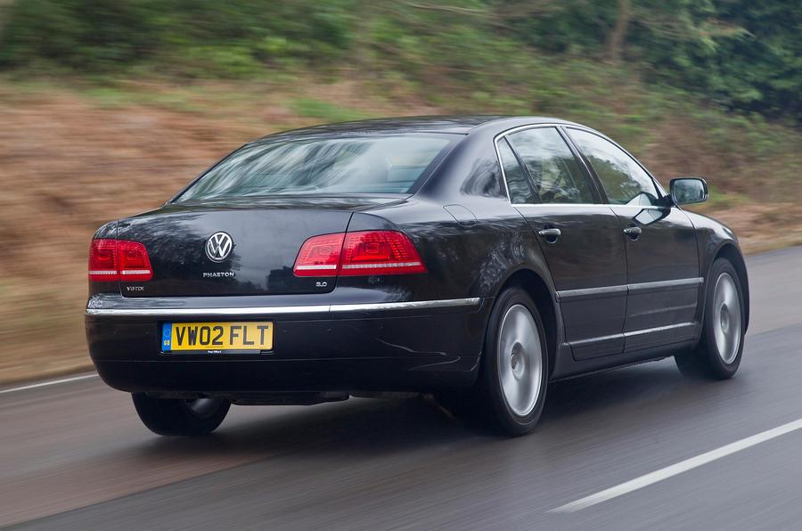 Volkswagen Phaeton rear quarter