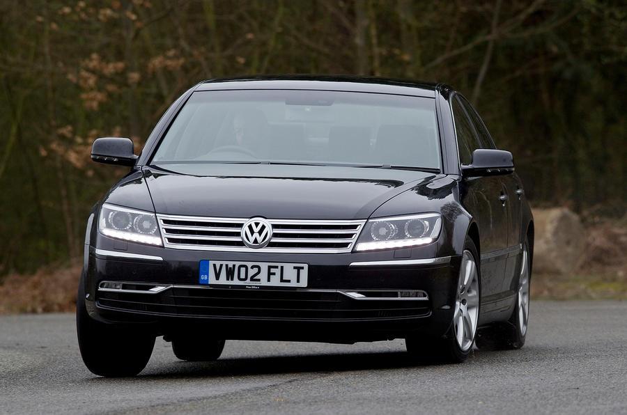 Volkswagen Phaeton cornering