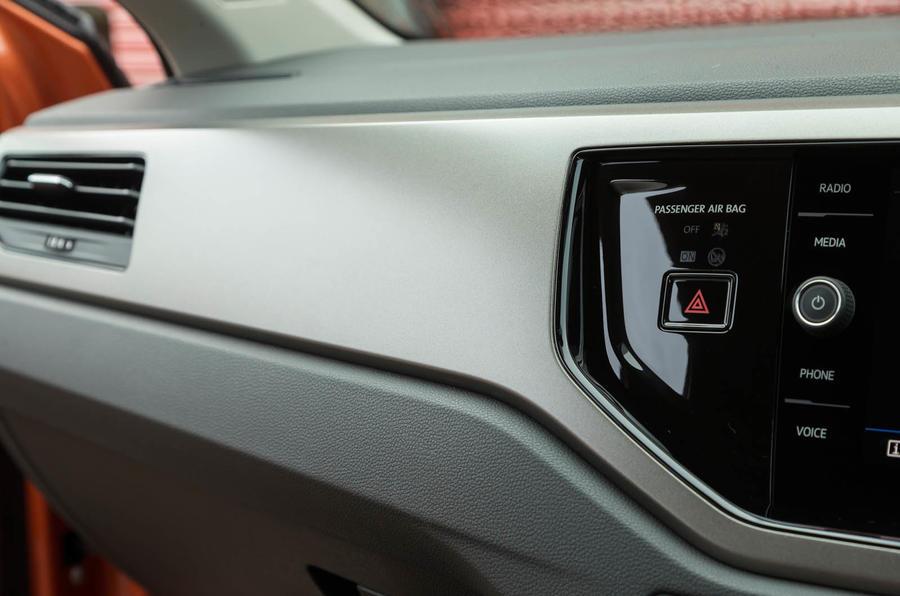 Volkswagen Polo dashboard trim