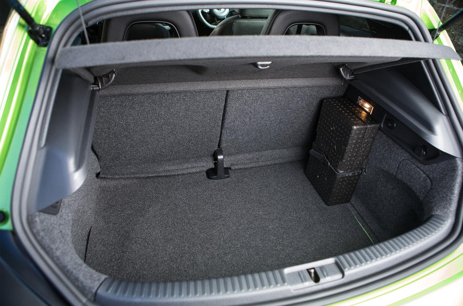 Volkswagen Scirocco R boot space