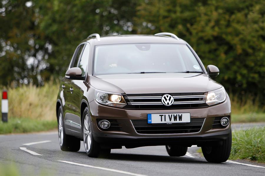 Volkswagen Tiguan cornering