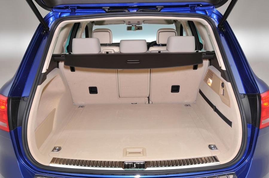 Volkswagen Touareg boot space