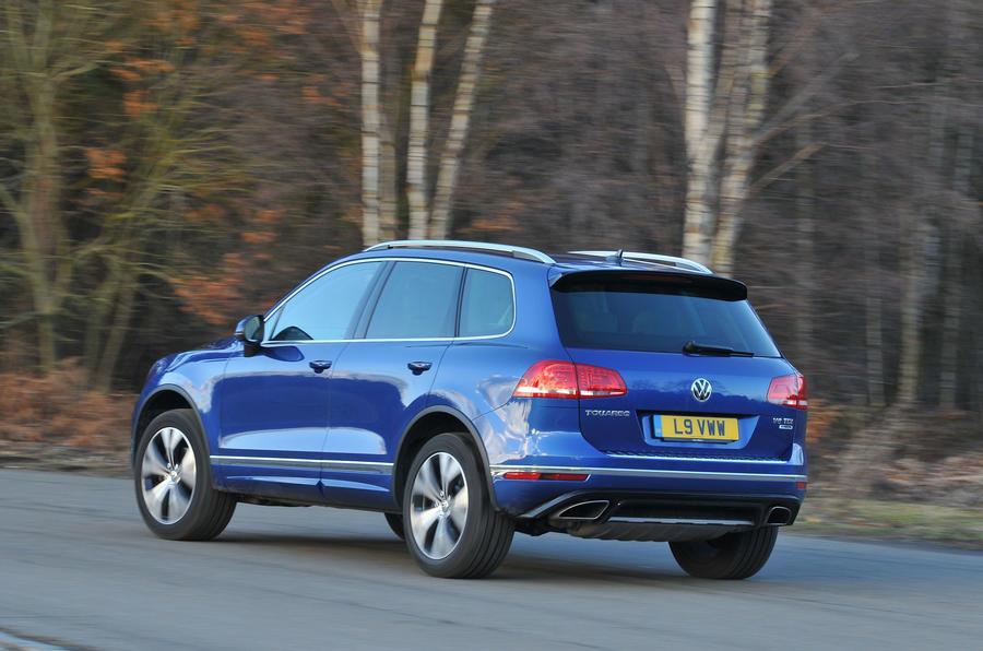 Volkswagen Touareg rear cornering
