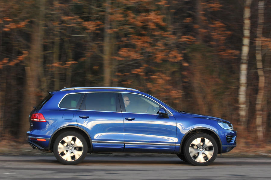 Volkswagen Touareg side profile