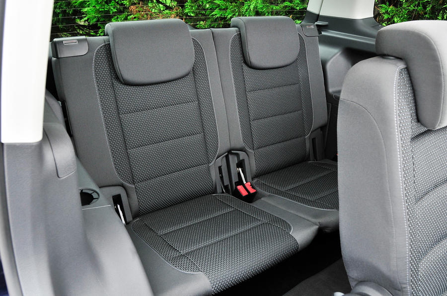 Volkswagen Touran third row seats