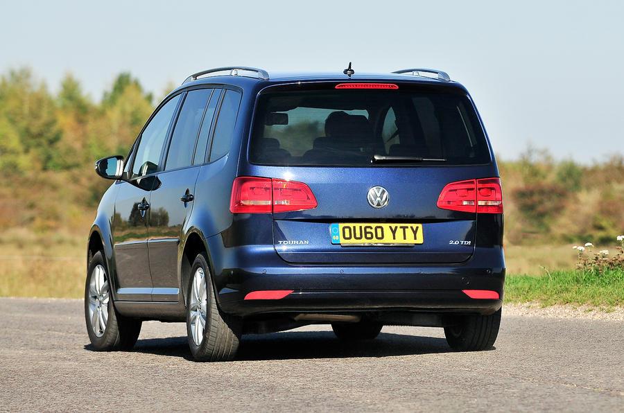 Volkswagen Touran rear cornering