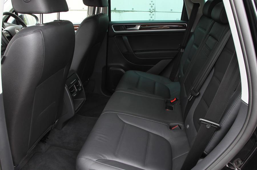 Volkswagen Touareg rear seats