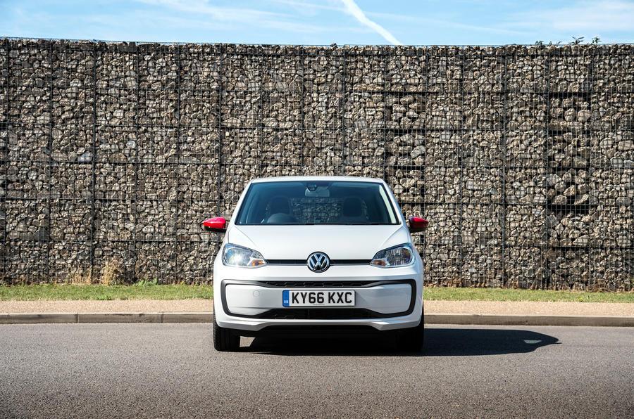 Volkswagen Up front end