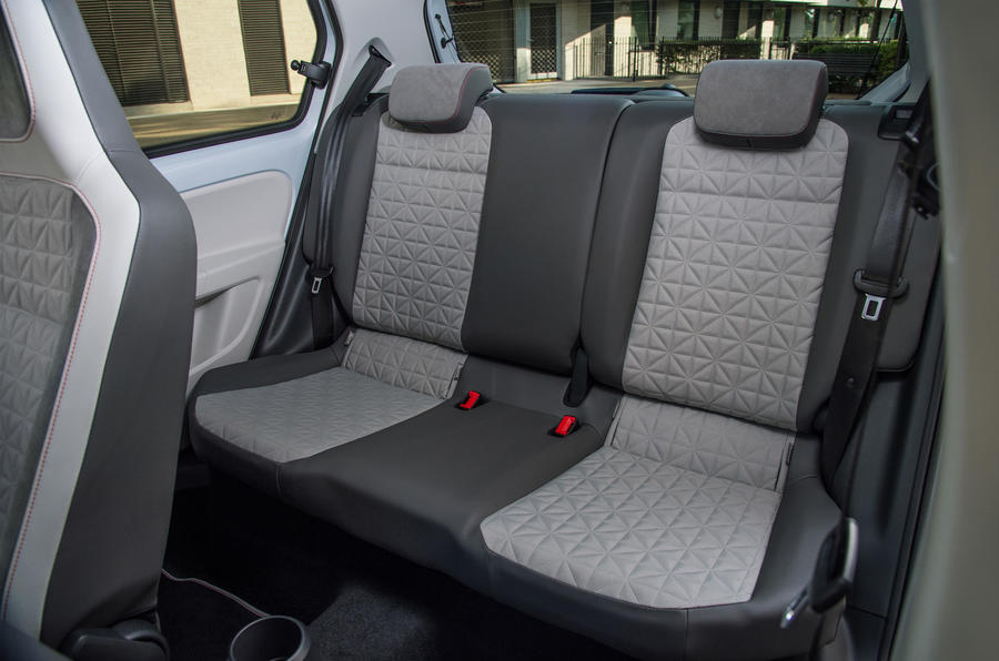 https://www.autocar.co.uk/sites/autocar.co.uk/files/styles/gallery_slide/public/volkswagen-up-rear-seats.jpg?itok=Ni7eNpJh