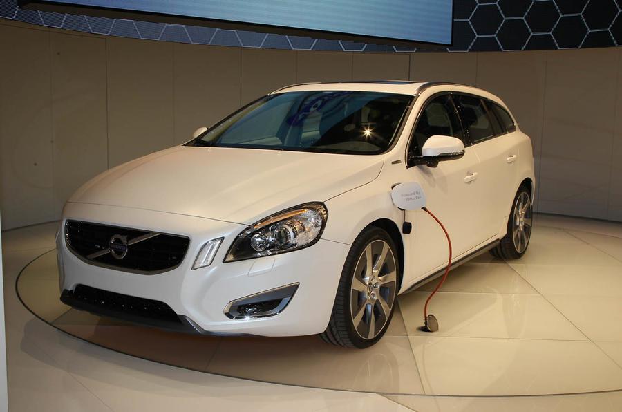 Geneva motor show: Volvo V60 hybrid
