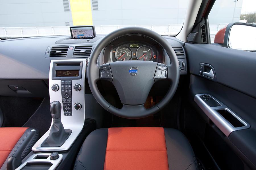 Volvo C30 2007-2012 interior | Autocar