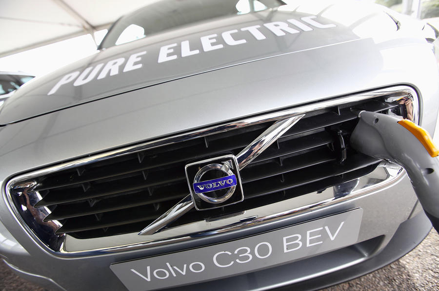 Volvo sale to Geely 'imminent'