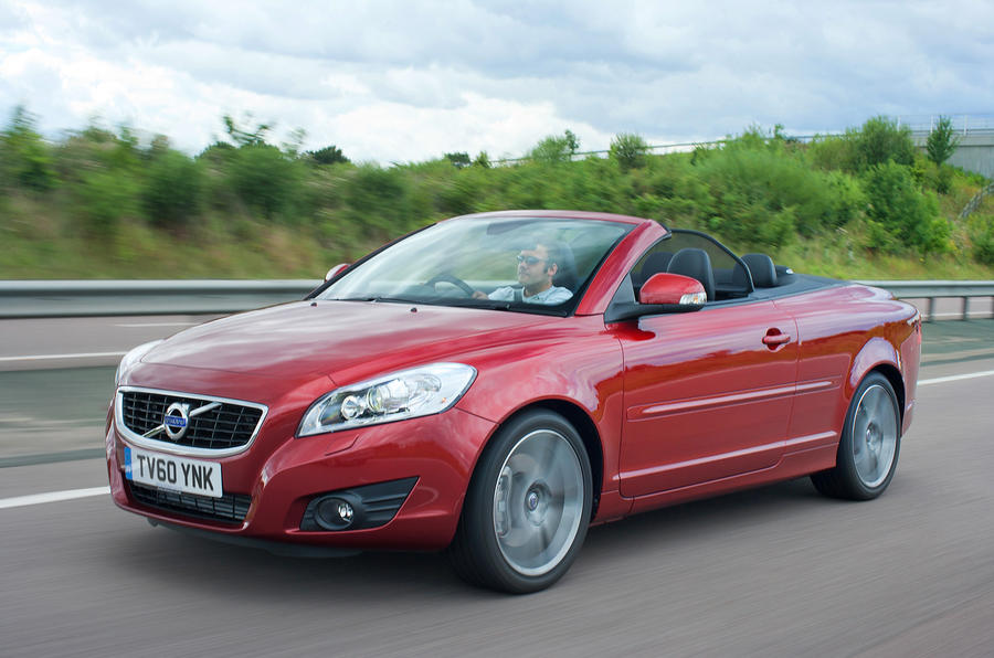 Volvo C70 roof down front