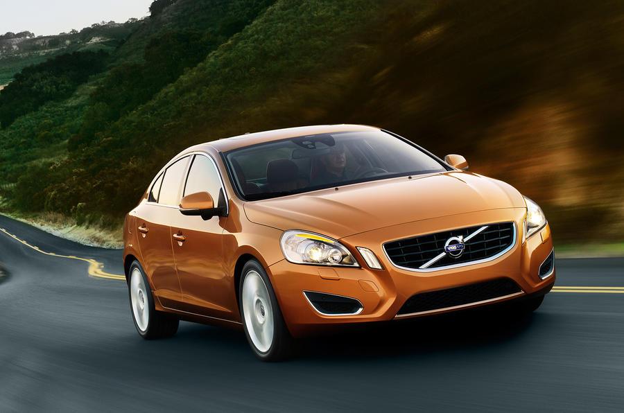 Volvo 'tweaks S60 platform'