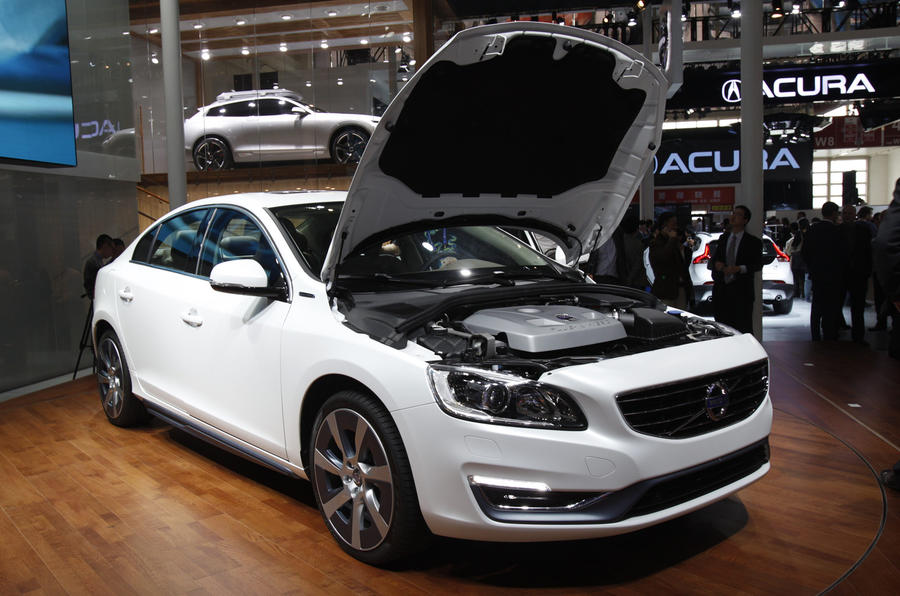 Volvo S60L plug-in Hybrid gets Beijing debut