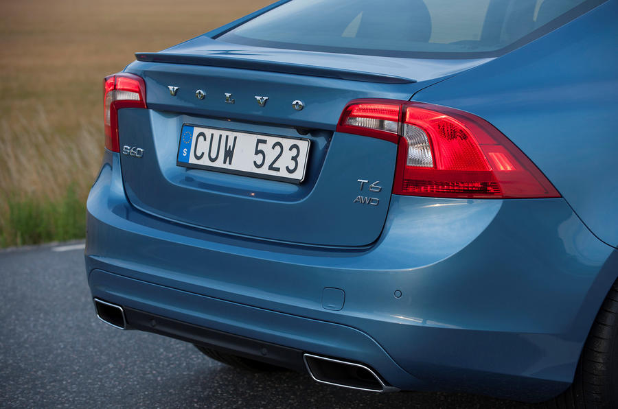 Volvo S60 T6 rear end