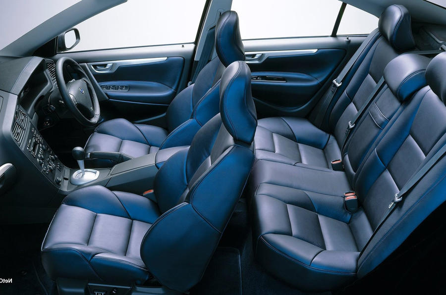 volvo s60 r used car buying guide autocar. Black Bedroom Furniture Sets. Home Design Ideas