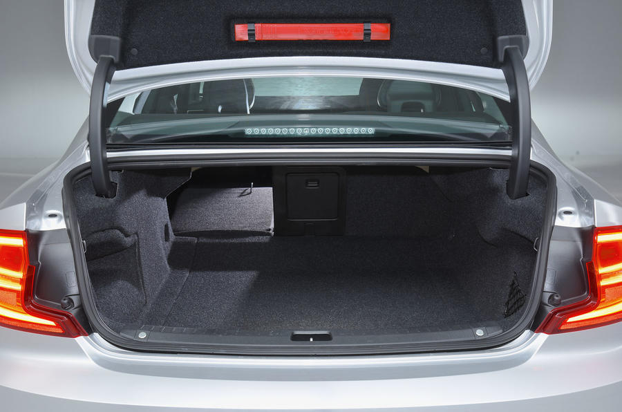 Volvo S90 seating flexibility