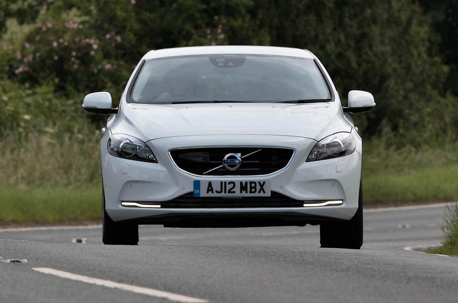 £24,795 Volvo V40 D4 SE Nav