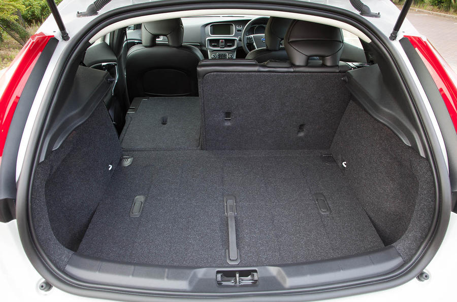 Volvo V40 boot space