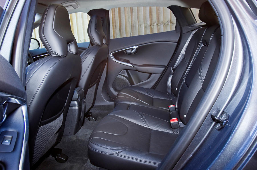 Volvo V40 rear seats