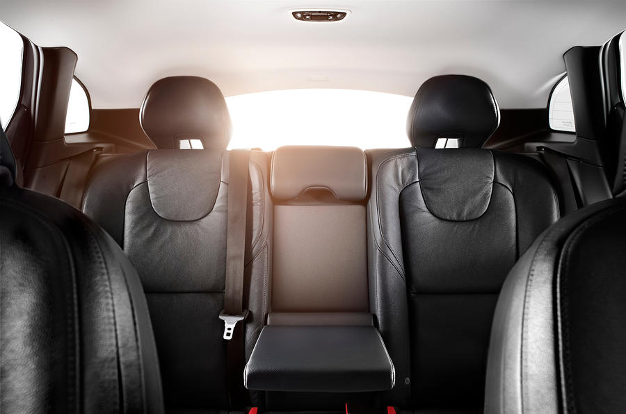 Volvo V40 rear seats