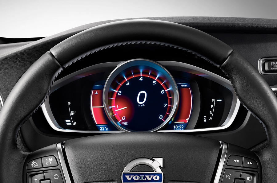 Volvo V40 Cross Country instrument cluster