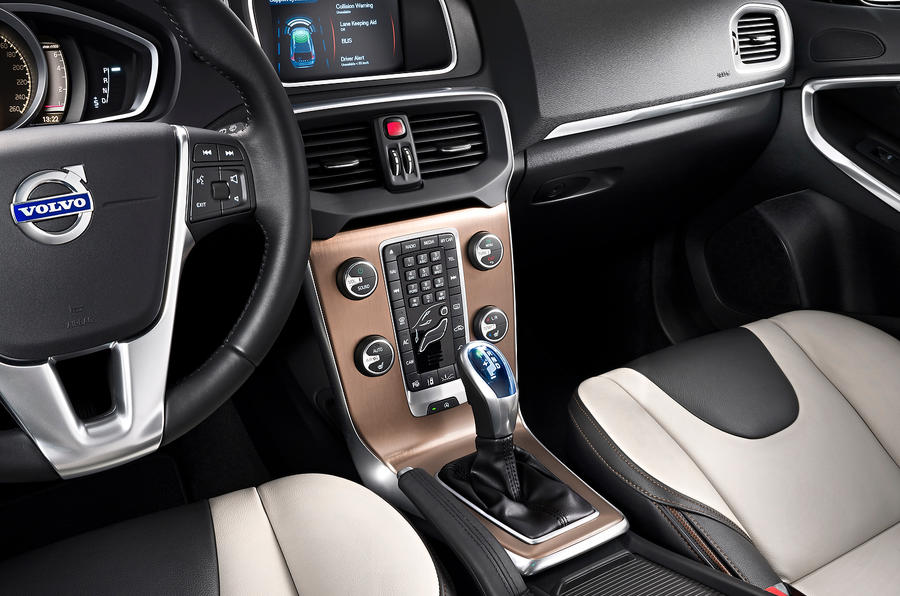 Volvo V40 Cross Country centre console