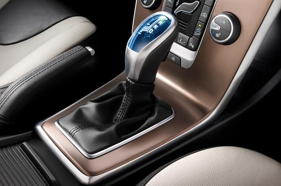 Volvo V40 Cross Country automatic gearbox